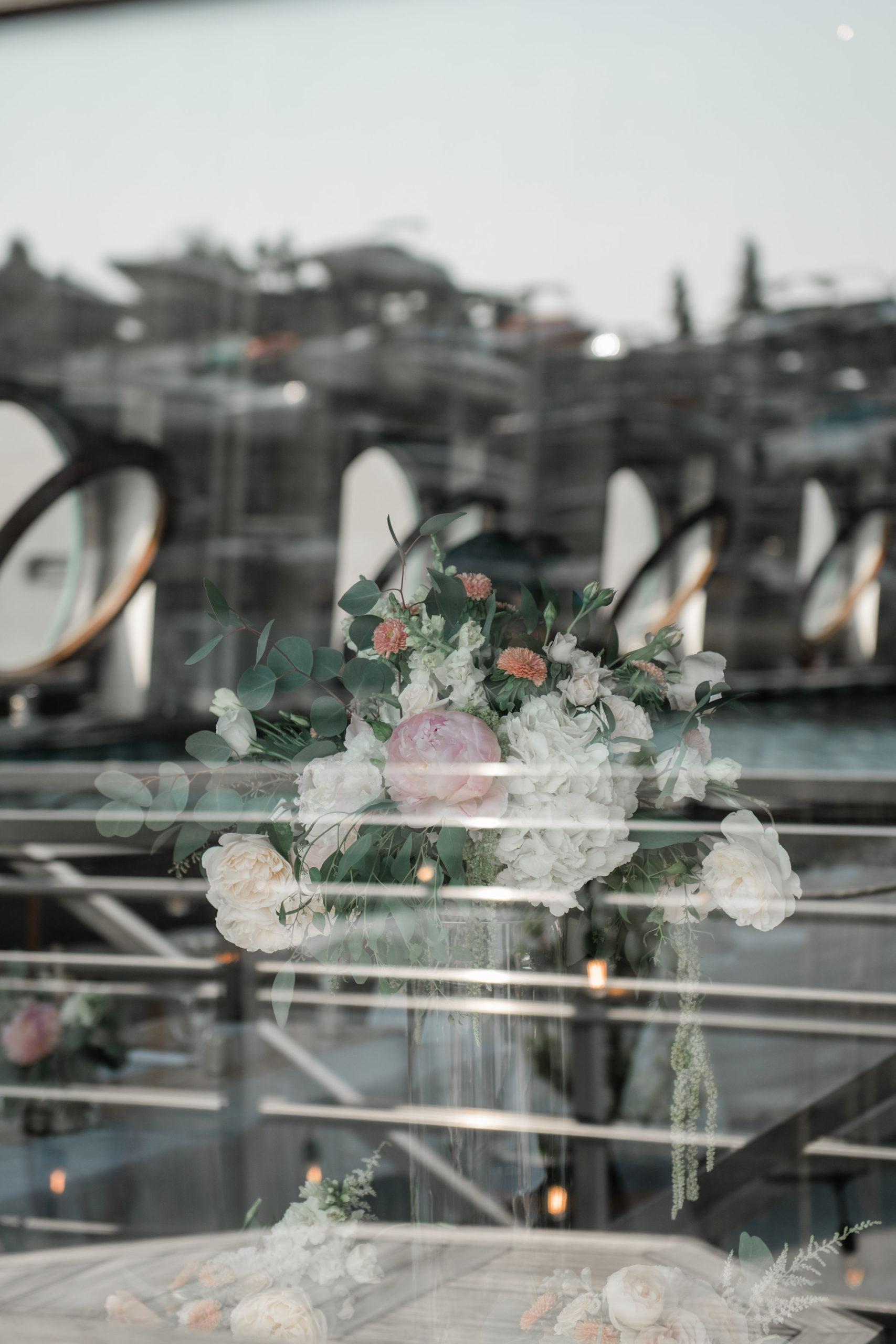bridal flowers on mv skansonia