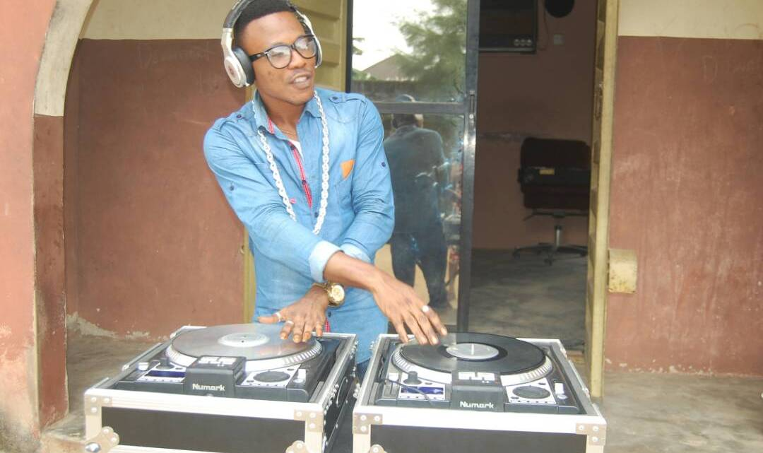 [Free Beat] DJ Easy – Crazy Mixing Beat
