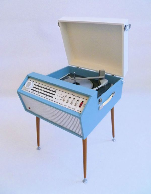 portable_recordplayer-1