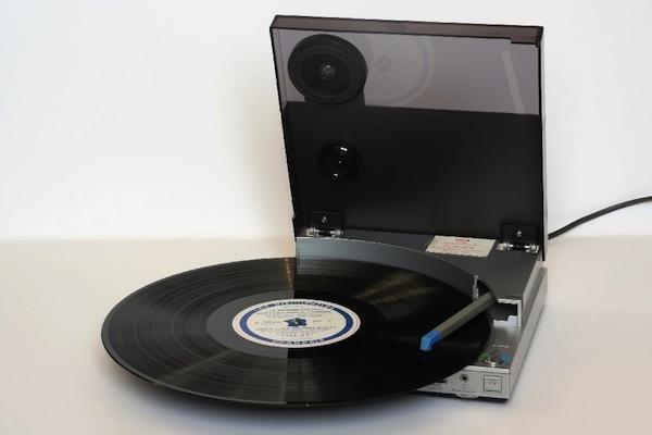 portable_recordplayer-3