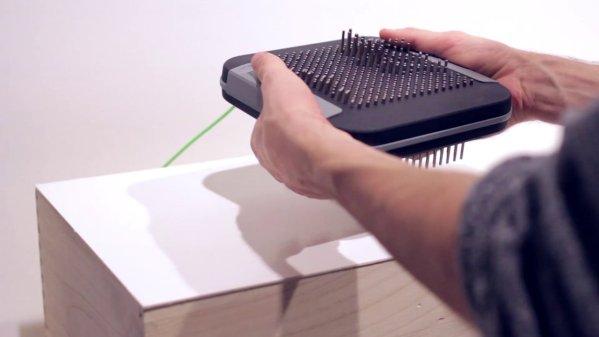 デジタルミュージックにアコースティックな演奏表現を与えてくれるピンボード・コントローラー