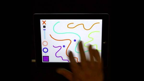 iPadに描いた落書きがそのまま音に!?サウンドトイアプリがなかなかすごい