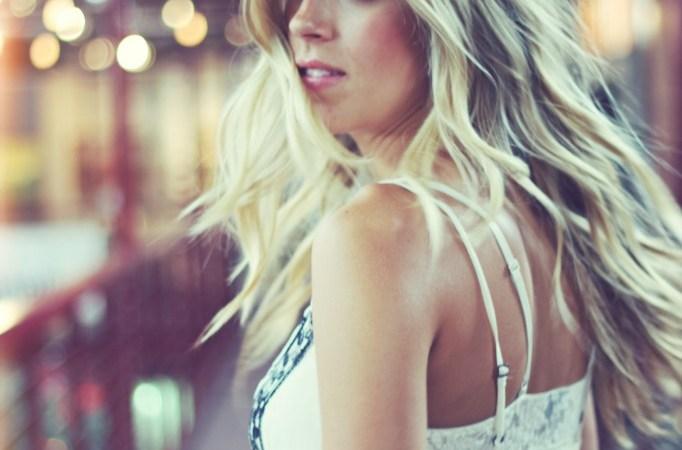 Logan Brill – Fresh Faired-Hair Americana Singer
