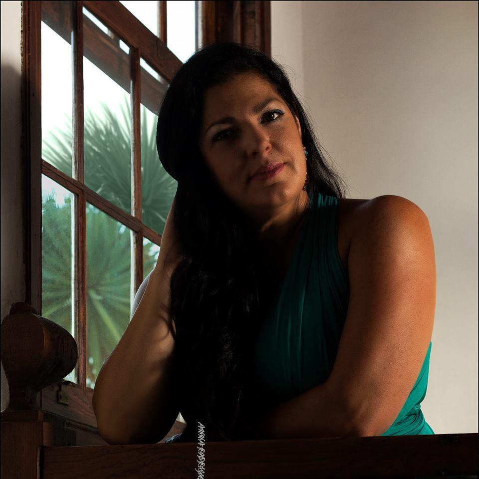 Anna Rodriguez: No Solo Jazz