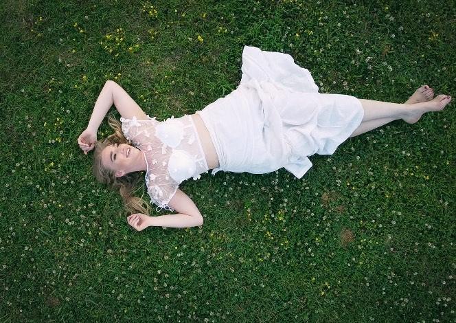 stelle amor beyond beautiful video