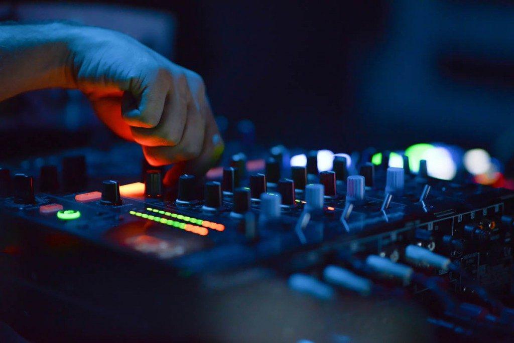 Mixing Board-1024x684