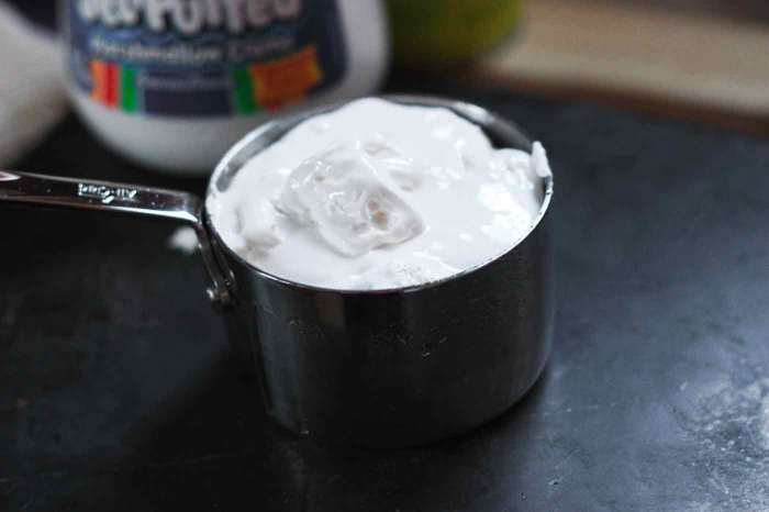 Marshmallow Fluff for Chocolate Whoopie Pies