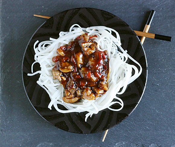 Thai Chicken with Rice Noodles from SoupAddict.com