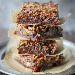 Chocolate Caramel Pecan Pie   SoupAddict.com