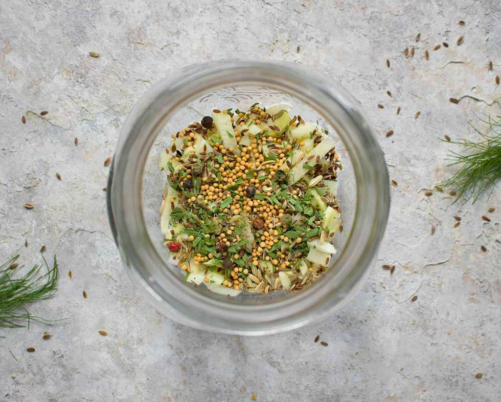 Seasonings for Green Tomato Pickles