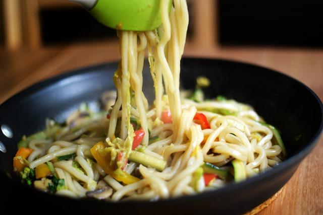 stir fried udon noodles vegetables 5