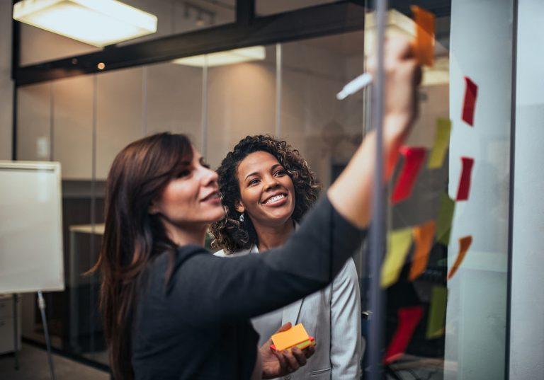como fazer um brainstorming e gerar novas ideias de negócio