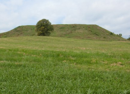 Monks Mound, the largest flat-topped pyramidal earthern structure in North America, lies at the center of Cahokia Mounds. (David Kilper)