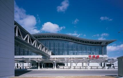 Sendai Airport Passenger Terminal, Japan. (Photo: Yukio Futagawa, courtesy of HOK)