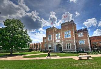 The Gary M. Sumers Recreation Center, opened in 2016, incorporates the Francis Gymnasium façade, built in 1903. (Photo: James Byard/Washington University)