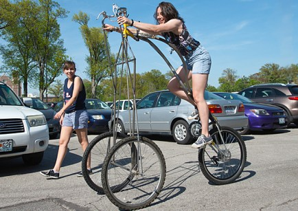 Cycles course, spring 2013. (Photo courtesy of Stan Strembicki, professor of art)