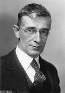 Vannevar Bush - Image taken from atomicheritage.org