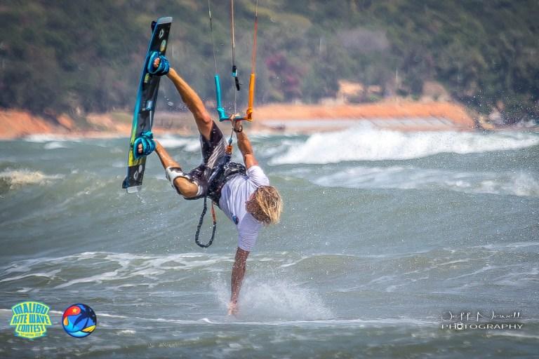 kitesurfer doing trick