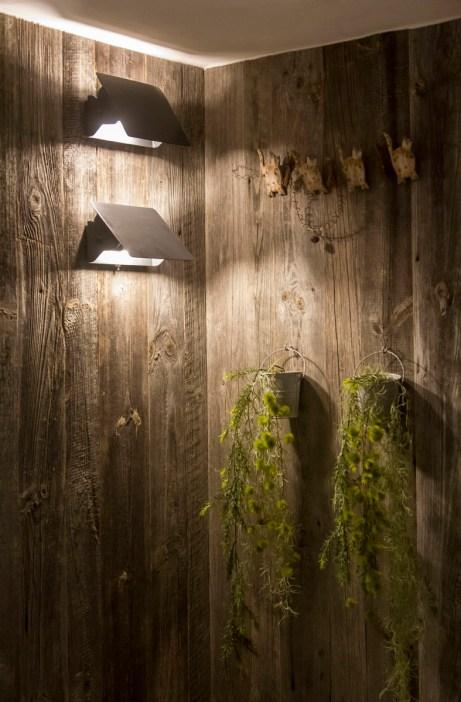 Appartement alpin (Les Arcs 1800) - Appliques Charlotte Perriand - Appartement Les Arcs Vue Mont-Blanc - Thomas Ouf - Source Studio - Architecte d'intérieur à Aix-les-Bains en Savoie