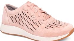 Right Bank Shoe Co Evokes Global