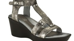 Shoe of the Day: Naot