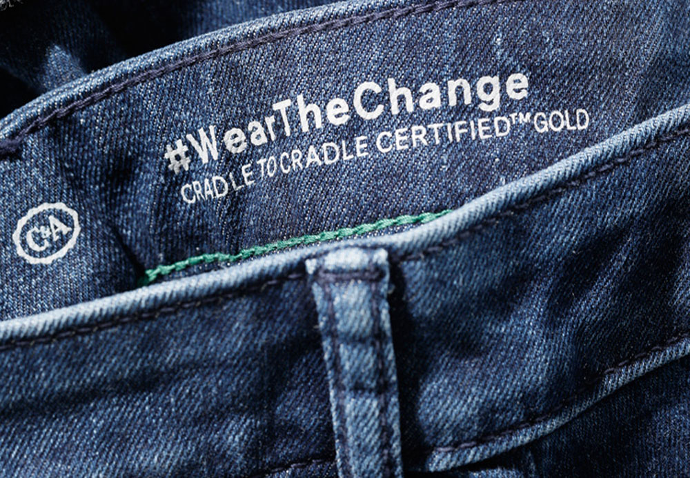"im Angebot klassisch Neuankömmling Here's How C&A Made the ""World's Most Sustainable Jeans ..."