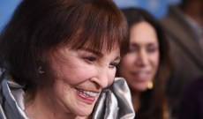 Gloria Vanderbilt, Child Heiress Turned Jeans Queen, Dies at 95