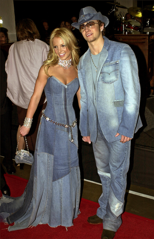 Justin Timberlake defends the infamous denim suit he wore with then-girlfriend Britney Spears at the 2001 American Music Awards.