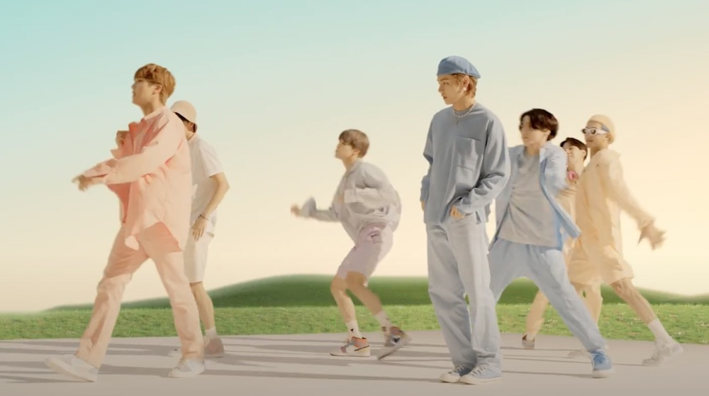 And thanks to the global music sensation BTS, the lifespan of the Spring/Summer 2020 men's pastel trend may be extended into fall.
