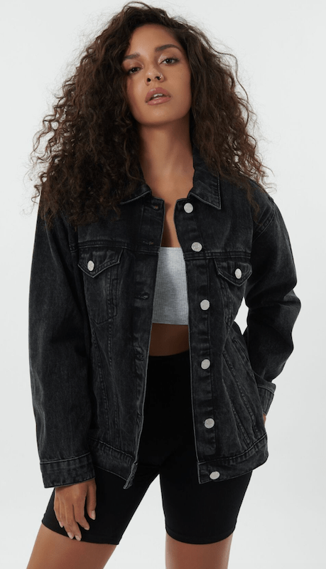Rivet rounded up some of the top denim jackets to add to your wardrobe this fall, ranging from oversized silhouettes to cropped styles.