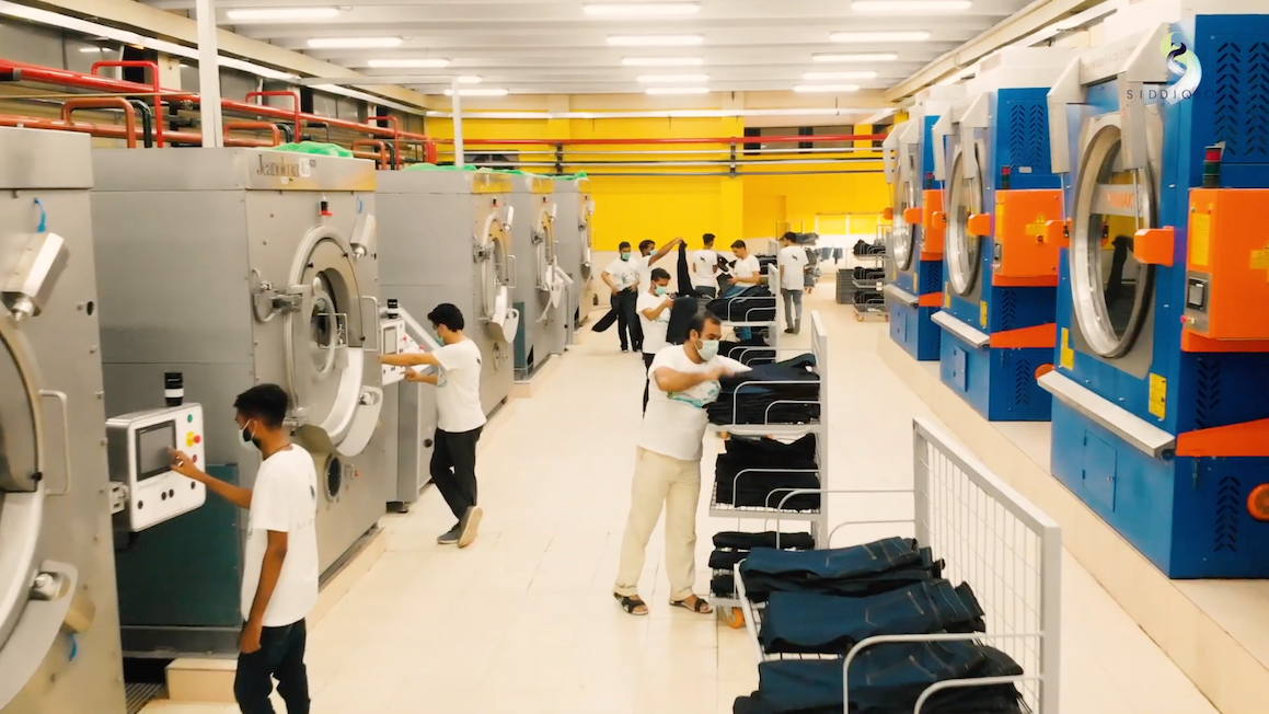 For example, Siddiqsons adopted the Laundry 5.Zero production center from textile finishing technologies company Jeanologia, making it the only denim mill in Pakistan to use this technology so far.
