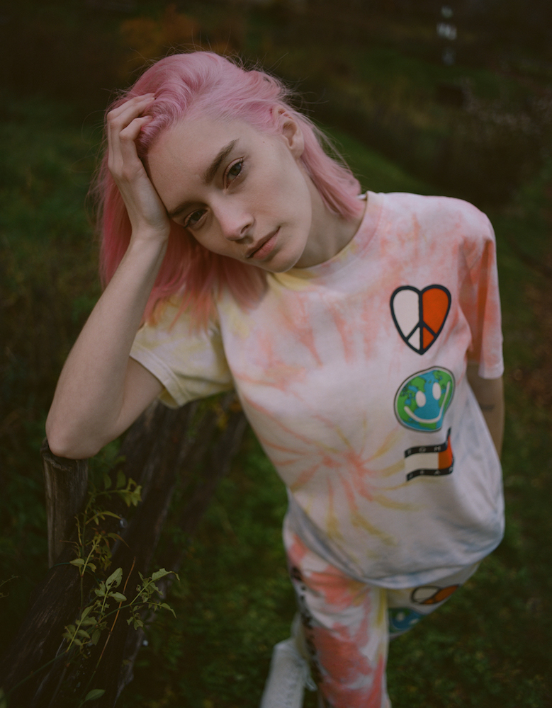 "Sustainable and comfortable, Tommy Jeans' new genderless ""Luv the World"" collection is brimming with positive messages."