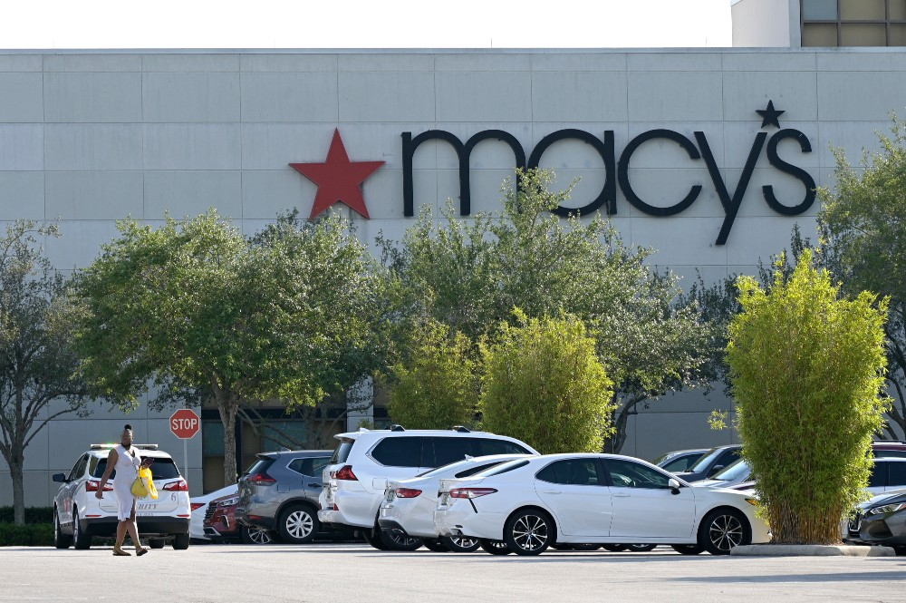 Tech Gets Macy's Into a Pickle