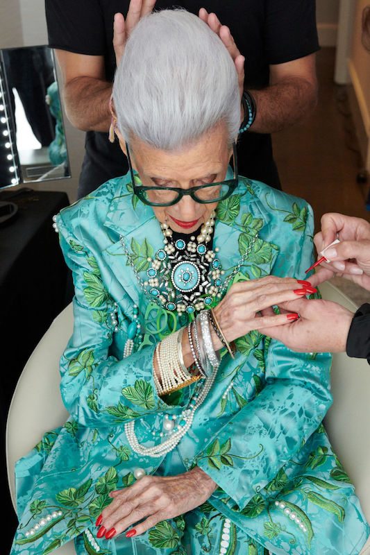 H&M announced Thursday plans to release an apparel and accessories collection in 2022 that embraces Iris Apfel's eclectic personal style.