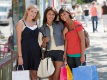 Helped by Apparel Specialty Stores, Retail Sales Rally in March