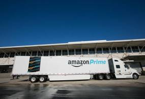 Amazon Moves Closer to Competing With UPS, FedEx