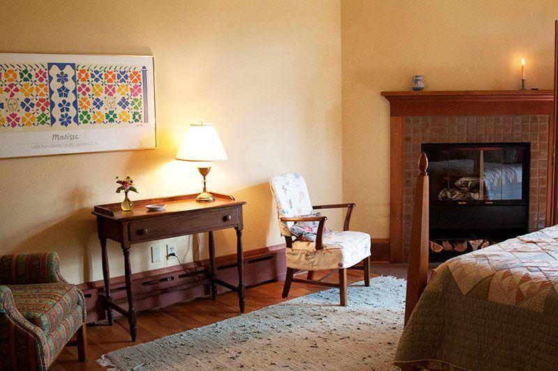 Room 1 fireplace