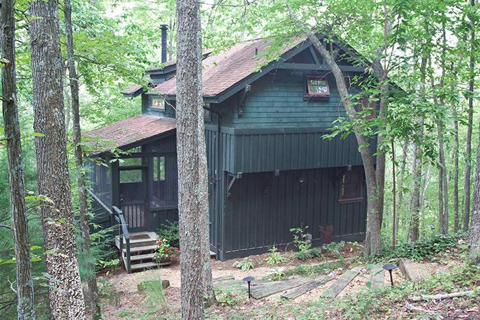 Sassafras Cabin exterior