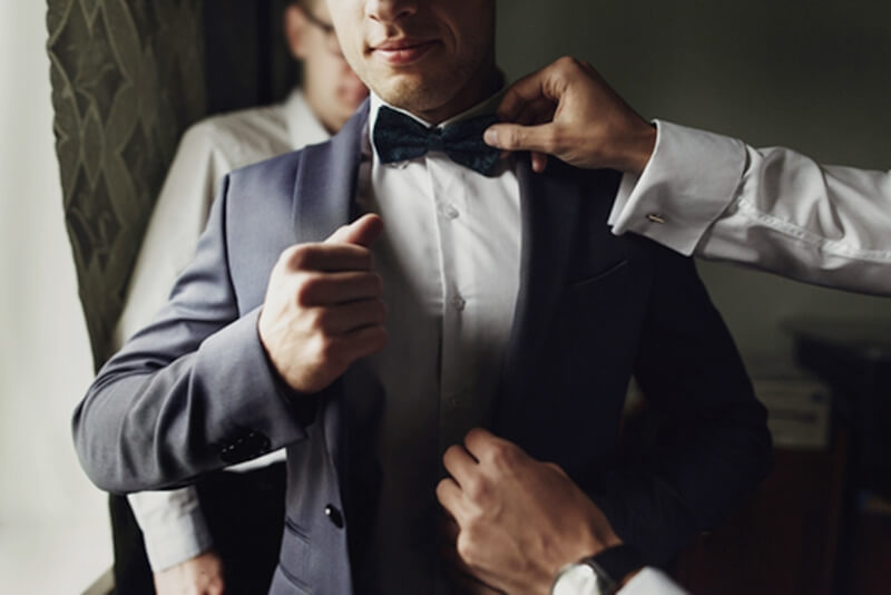 新郎の結婚式の衣装の選び方