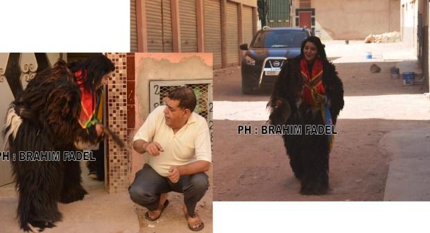 """سابقة : بالفيديو ..تابعمرانت ترتدي جلود المعز وتجوب شوارع سوس في طقوس أمازيغية يطلق عليه اسم """"بوجلود"""""""