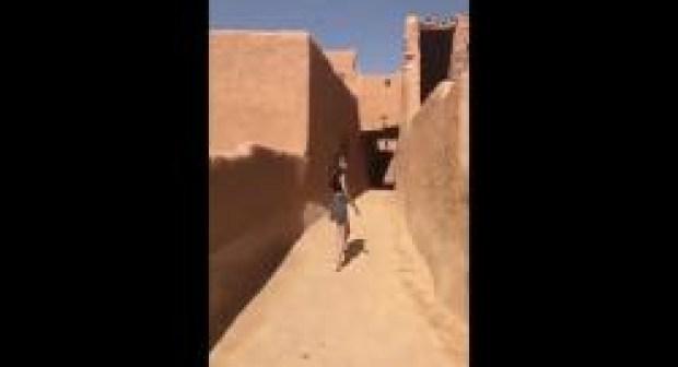 فيديو: أوامر  عليا باعتقال سعودية والتهمة لباسها غير المحتشم!