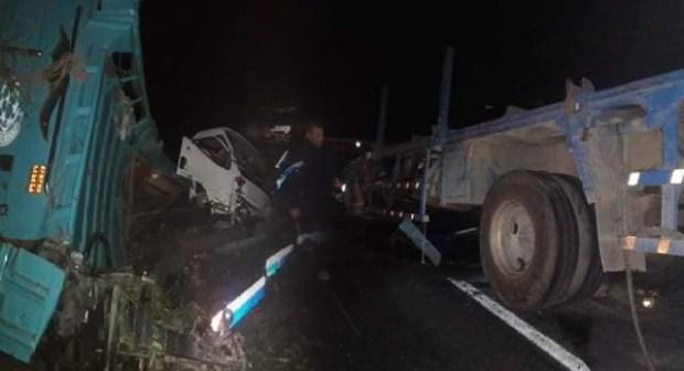أكادير: اصطدام بين شاحنتين  بالأوطوروت يردي سائقا قتيلا