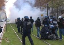 مظاهرات فرنسا: اعتقال 1385 شخصا واصابة 118 آخرين بجروح