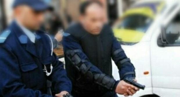 عميد شرطة يضطر لإصابة مروج مخدرات برصاصتين من أجل اعتقاله