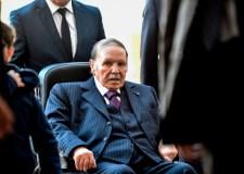 """بوتفليقة يتراجع عن """"الولاية الخامسة"""" ويقرر إجراء تعديل حكومي"""