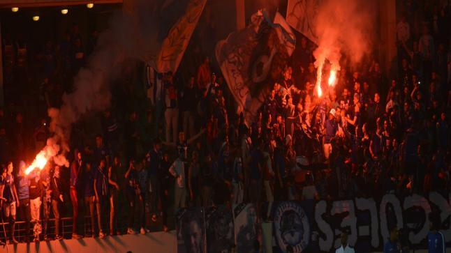 بالفيديو : جماهير اتحاد طنجة تطالب برحيل الرئيس بعد الهزيمة امام حسنية اكادير