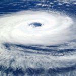 台風の夜は内部留保を取り崩せ
