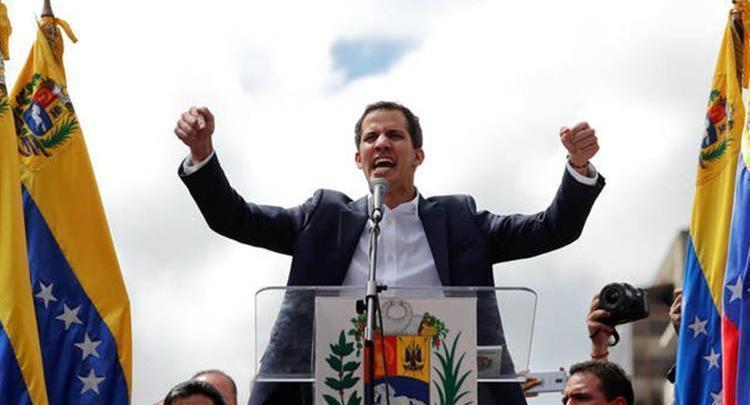 جوايدو رئيسًا انتقاليًّا لفنزويلا