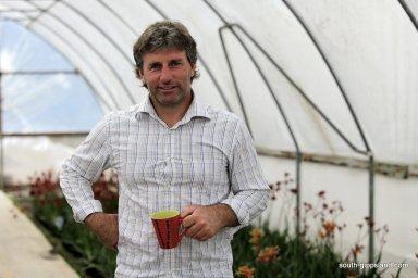 native-plant-nursery-staff (8)