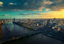 How to Spend a Romantic Getaway to London